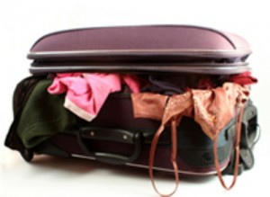 overstuffed_luggage