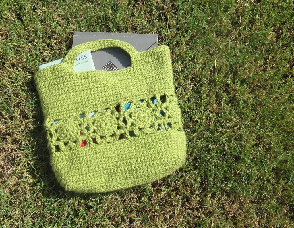 Free Crochet Pattern For Small Tote Bag : free small crochet purse patterns Quotes